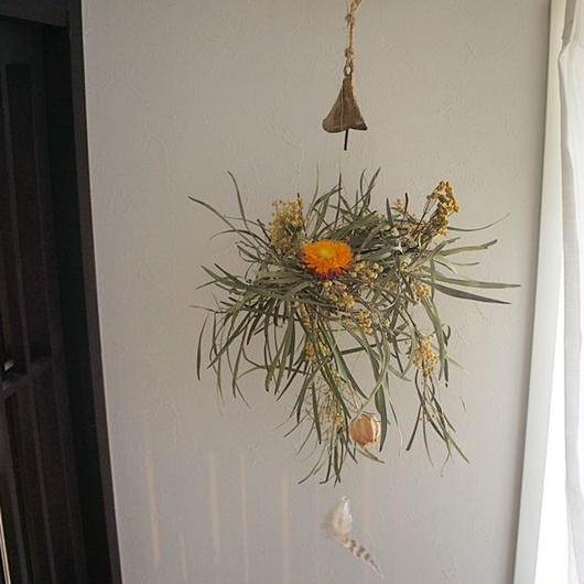 Mimosa wind-bell wreath E