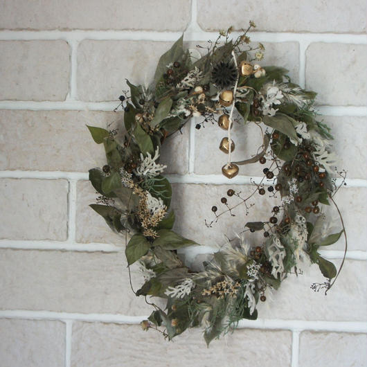 Driedgreen and pampas wreath