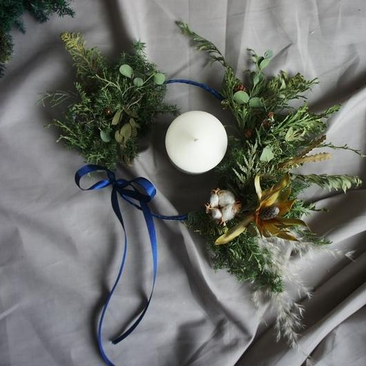 Wreath of a twin tail