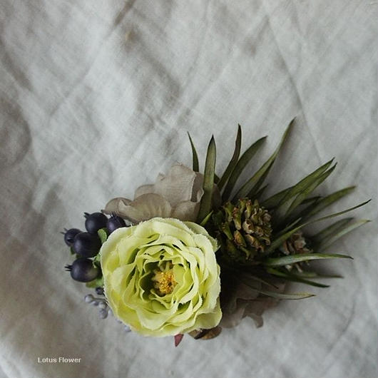 Ranunculus corsage