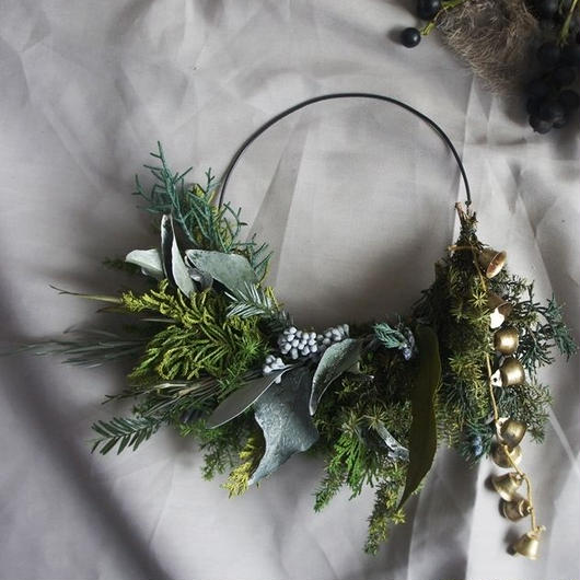 Clutch wreath of the Preserved material