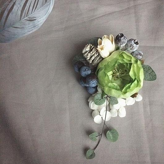 Green ranunculus corsage