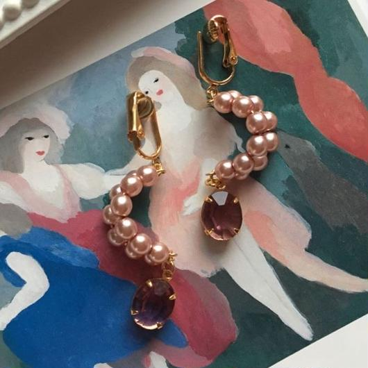 """LYS -fantasia for your dress- """"踊り子""""パールピアス/イヤリング [antique pink]"""