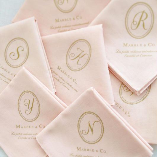 MARBLE & Co. イニシャルハンカチ [pink]