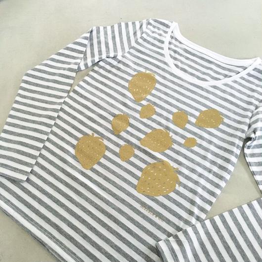 MARBLE & Co. いちごの長袖Tシャツ [grey]