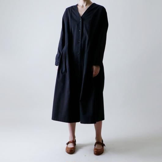 【受注生産 / 約2ヶ月半後のお届け】MAGALI Vネック・コートワンピース/ブラック
