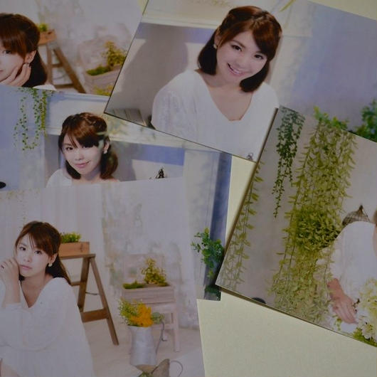【MA1003】MAAMI アーティスト写真5枚入り(サイン付)