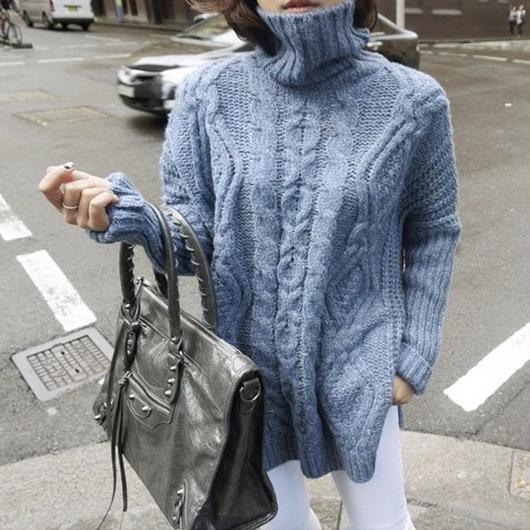 smoky BLUE knit
