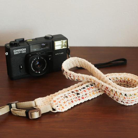【てしごと屋】世界にひとつだけの、手編みカメラストラップ<ナチュラルな柑橘>