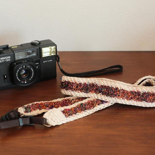 【てしごと屋】世界にひとつだけの、手編みカメラストラップ<ドライフラワー>