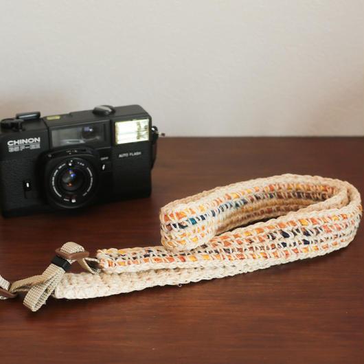 【てしごと屋】世界にひとつだけの、手編みカメラストラップ<ミモザ>