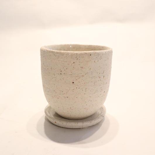 white pot A
