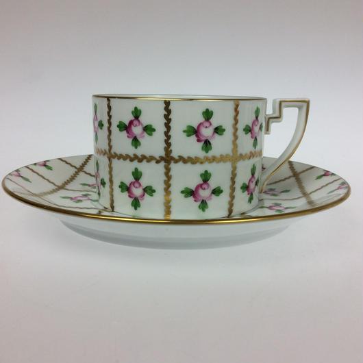 ヘレンド セーブル風の薔薇 ティーカップ&ソーサー2753