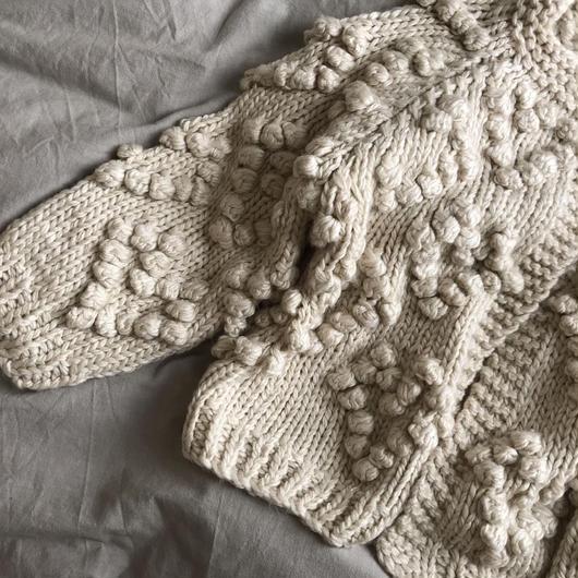 heart pompom knit