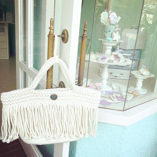 white fringe bag...❤︎