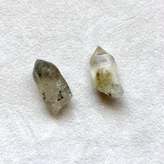 山口県産ポイント水晶