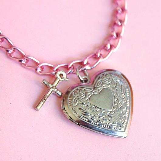 ハートロケットペンダントピンクブレスレット/ Heart Locket Pink Bracelet