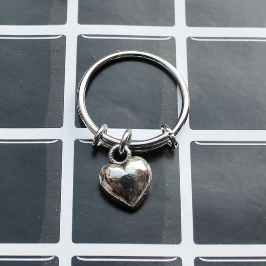 ハートチャームリング/Heart Charm Ring
