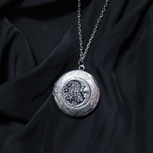 ムーンロケットペンダント/ Moon Rocket necklace