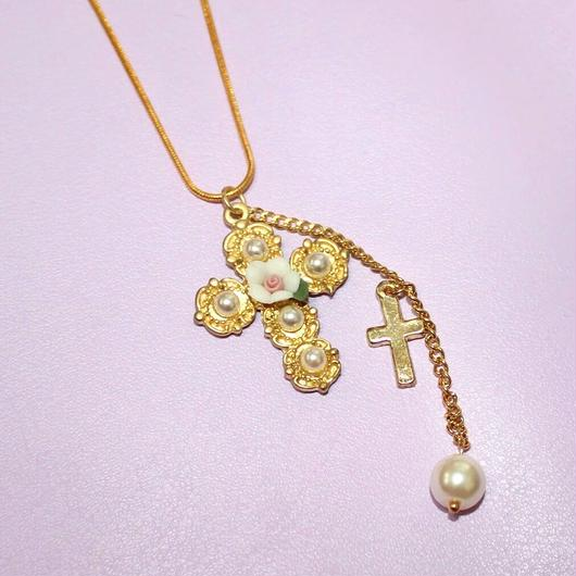 クロスフラワーネックレス/ Cross Flower Necklace