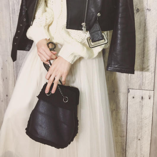 CHAIN HAND BAG