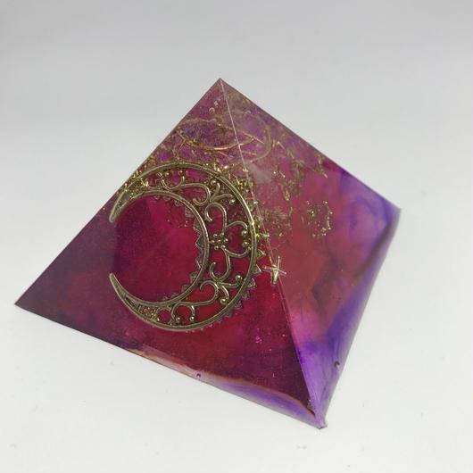 【幸運を自分のものにする!】ピラミッド型オルゴナイト