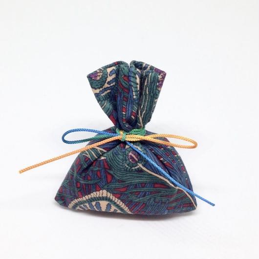 香り袋「あい」古典系の香り 3