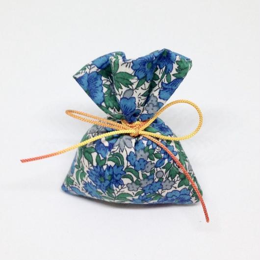 香り袋「あい」古典系の香り 5