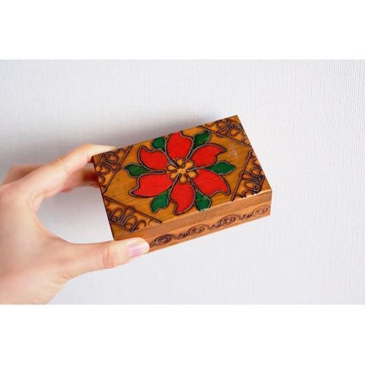 ハンガリーの小さなアンティークの木箱