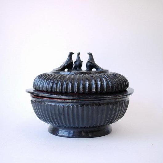 【SALE】ミャンマー製漆器 木胎黒漆鳩箱