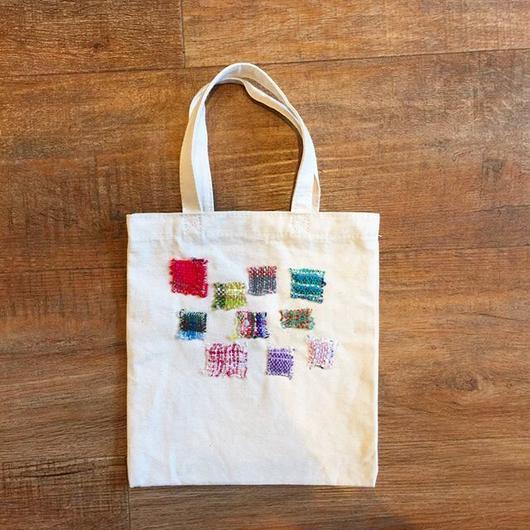 手織りのモザイクトート
