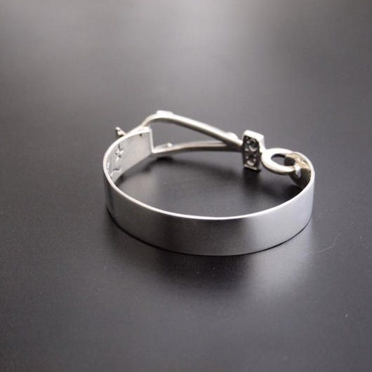 CODY SANDERSON - Cuffs Clean Tension
