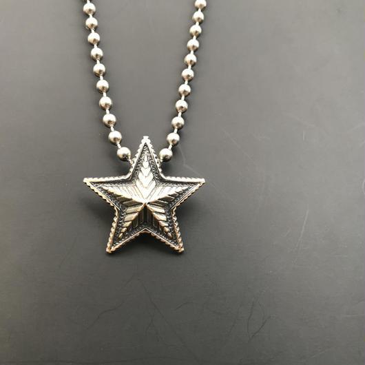 CODY SANDERSON - Pendant Small Star