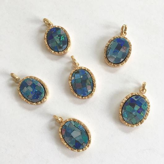 Mosaic opal charm Gold