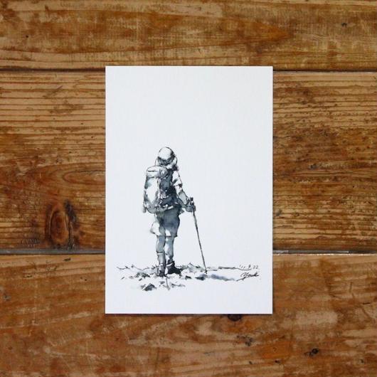 山を歩く少女(ポストカード)