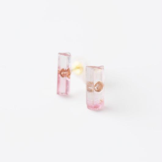結晶柱ピアス/トルマリン