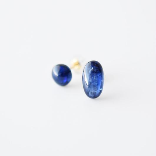 天然石ピアス/カイヤナイト