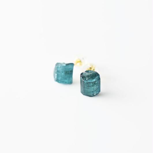 原石ピアス/インディコライトトルマリン