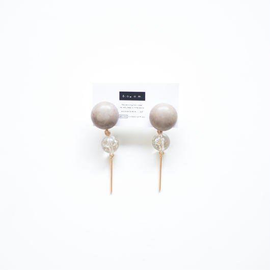 glitter  -  vintage beads pierce