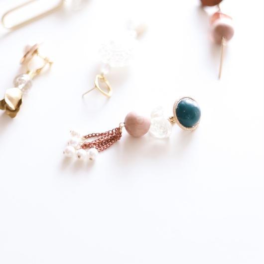 wood/pearls - vintage beads earring