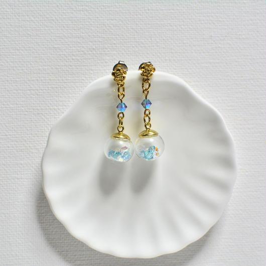 ガラスドーム ピアス・チタンキャッチ(ブルー×ゴールド)