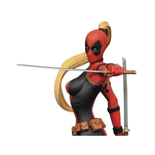 マーベル ダイアモンド セレクト DIAMOND SELECT TOYS Femme Fatales: Lady Deadpool