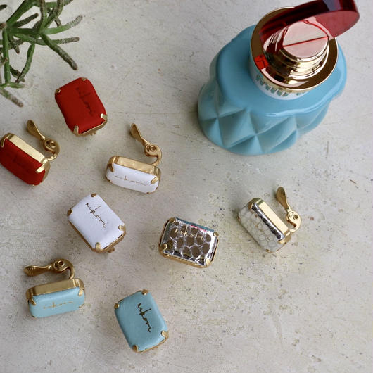 cubic earring(1ペアになるように2つお選びください)