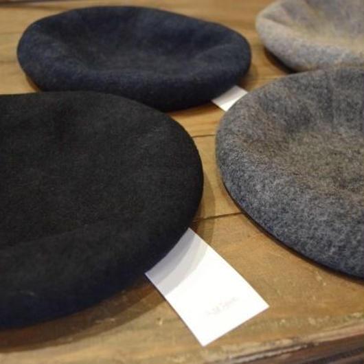 "Nine Tailor ""Chiasma beret"""