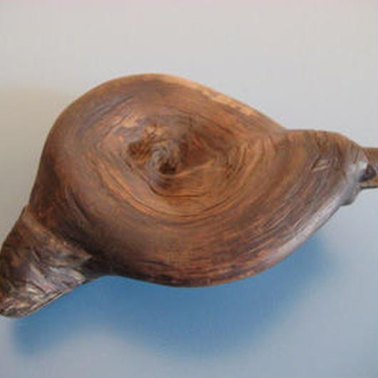 木の根かイボに動物彫刻した置物