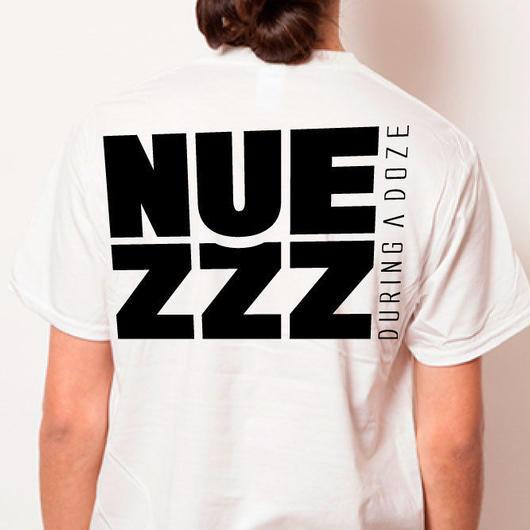 【予約商品 7月中旬からお届け】 NUEZZZ NAP LOGO PRiNT T-Shirts -SQUARE LOGO BACK PRiNT-