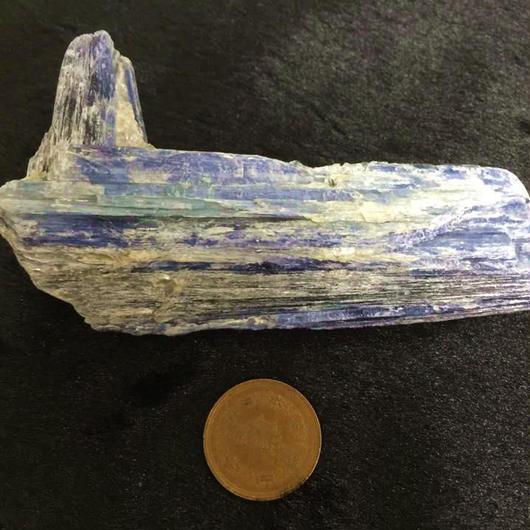 カイヤナイト 原石 ブラジル産 278g