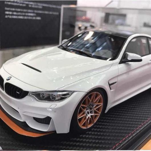 Frontiart BMW M4 GTS ホワイト 1/18 残り3点