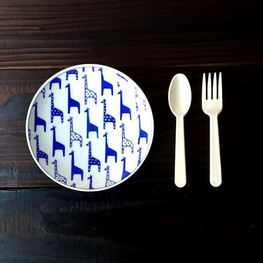 波佐見焼  15.5cmプレート(北欧風アニマル ーパスタ皿サイズ) - キリン【Made in Japan 陶磁器プレート】