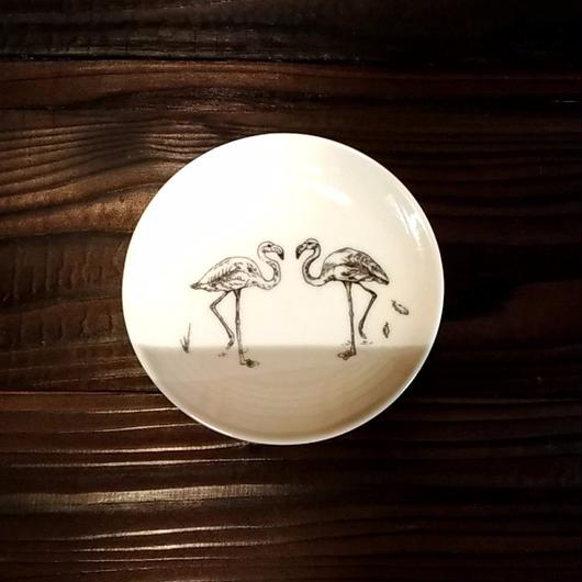 美濃焼  13cmプレート(リアルあにまる ー ケーキ皿 or ソーサーサイズ) - フラミンゴ【Made in Japan 陶磁器プレート】